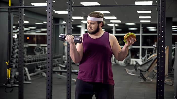 筋肉をつけて基礎代謝を高める!ダイエットを効率よくするための食事とは