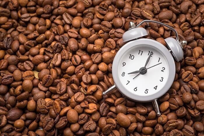 コーヒーを摂るベストタイミング&摂取量は?