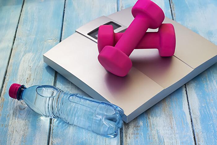 筋肉は脂肪の1.2倍重いから筋トレは太る!