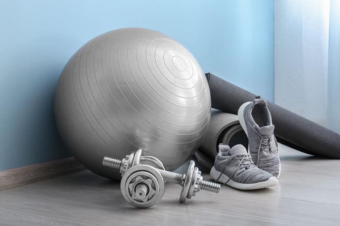 体幹トレーニングの効果を高める筋トレグッズ3選