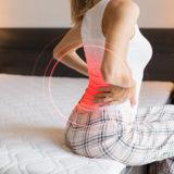 猫背を治して姿勢を良くする筋トレ8選!自宅で簡単にできる猫背の改善方法を紹介