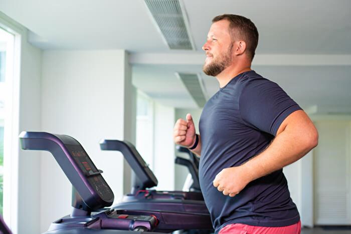 ジョギングやランニングで内臓脂肪が落ちにくい理由