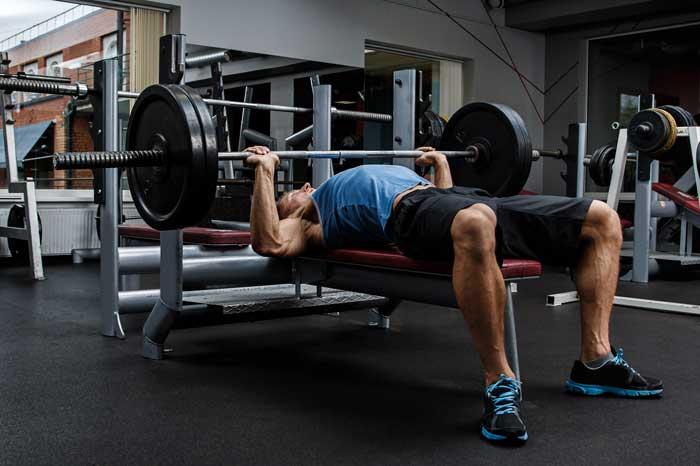 ガリガリ体型から筋肉をつけるジム筋トレメニュー3選