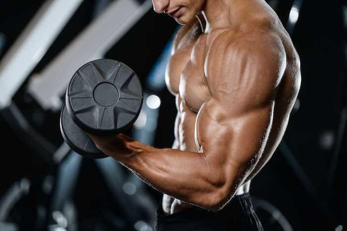 腕を太くする筋トレメニュー14選!上腕二頭筋&三頭筋を大きくするコツも解説
