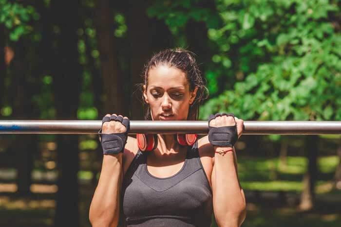 【動画付き】上腕二頭筋を鍛える自重筋トレ2選