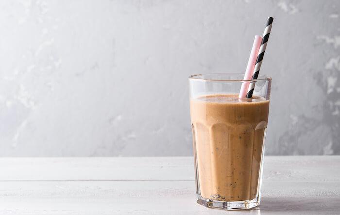 ダイエットにおすすめの飲み物6:プロテイン