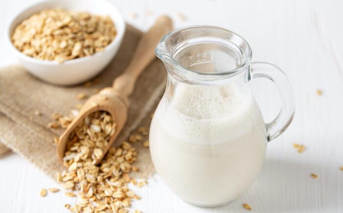 ダイエットにおすすめの飲み物5:オーツミルク