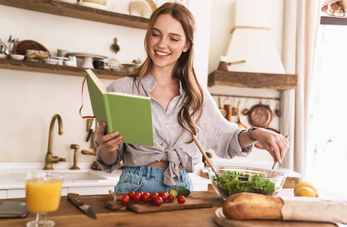 栄養士がダイエットにおすすめの食材&レシピを紹介!ダイエット効果を高める食事法も合わせて解説