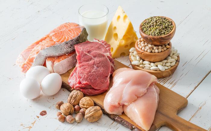 ダイエットに効果的な栄養素2.タンパク質