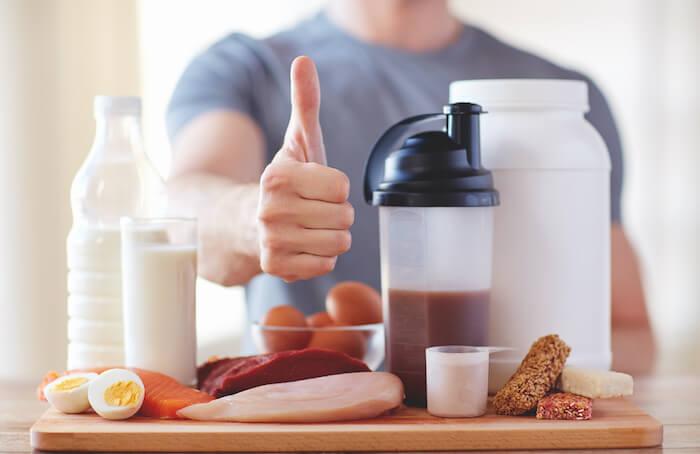 低脂質で高たんぱく質なコンビニ食材15選!
