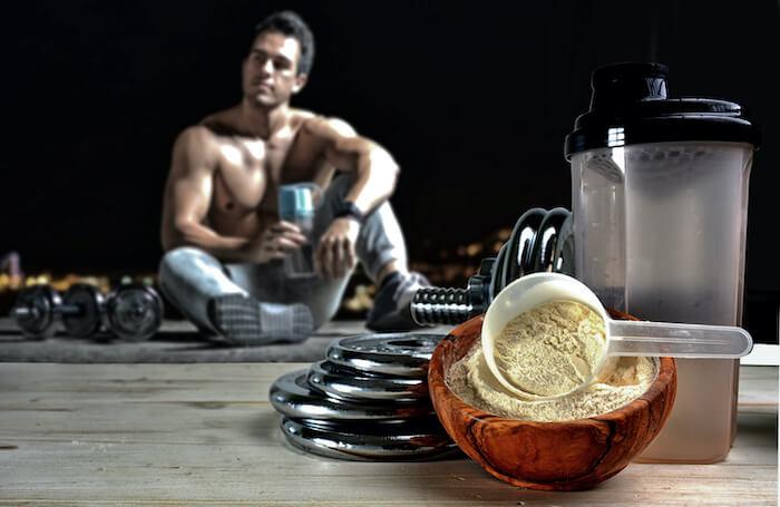 タンパク質(プロテイン)摂りすぎるとどうなる?管理栄養士が過剰摂取のデメリットについて解説