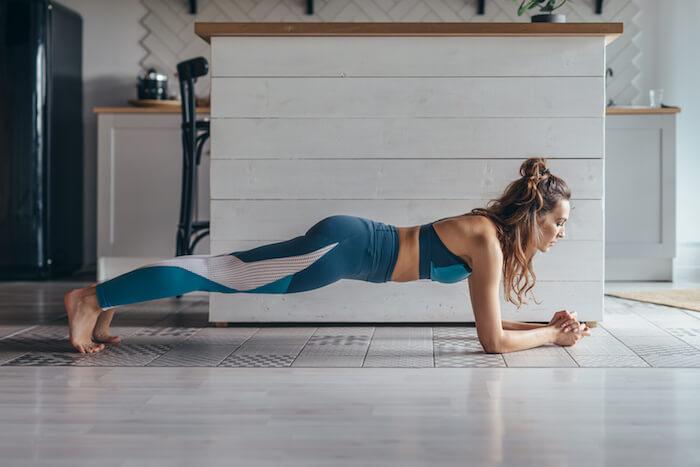 引き締まったお腹を作る腹横筋の筋トレメニュー10選!インナーマッスル(体幹)を効果的に鍛えよう