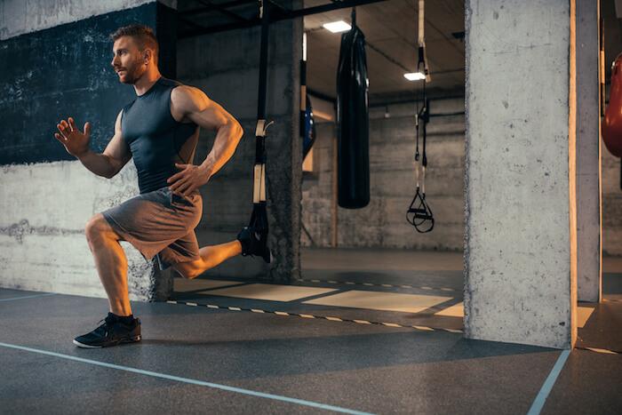 効率よく脂肪を燃焼するサーキットトレーニングのメニューとやり方を現役トレーナーが解説!