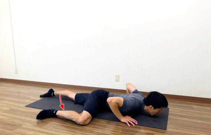 4.寝たまま行う腸腰筋ストレッチ②