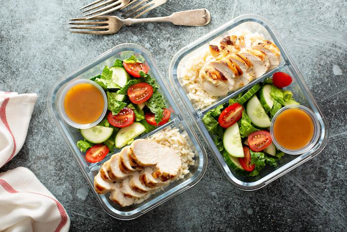 バルクアップに必要な食事メニュー例を紹介。食事管理の基本を理解して効率よく筋肉を増やそう