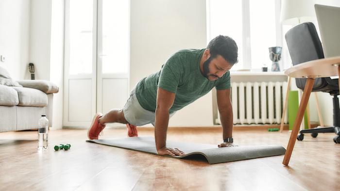 大胸筋内側に効かせる鍛える筋トレ7選!内側を鍛えるコツを知って谷間のある胸筋を作ろう
