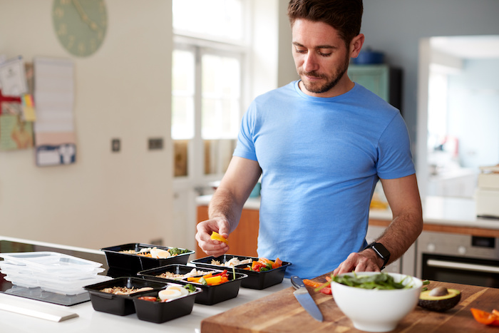 ハードゲイナーが体重を増やす方法を解説。正しい食事・トレーニングで健康的に体重を増やそう