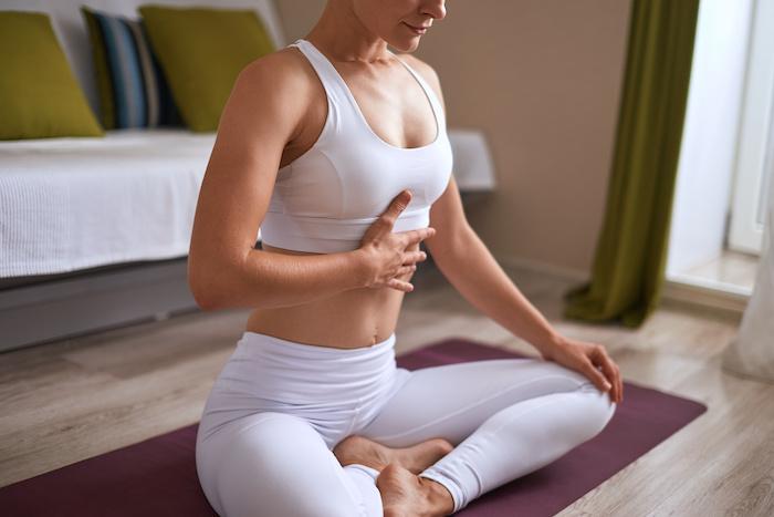 正しい呼吸で筋トレ効果アップ!筋トレ中の呼吸の基本や間違った呼吸も解説